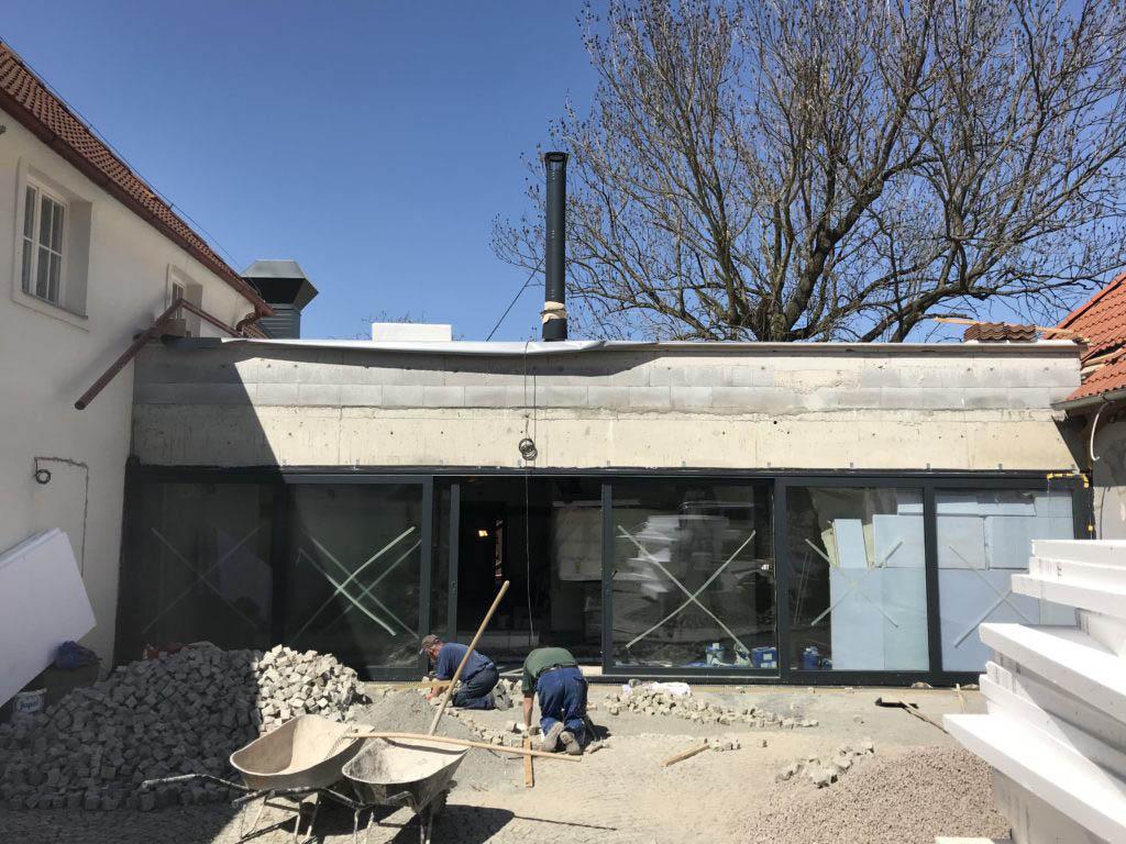 Stodola Herink stavba propojení restaurace, kuchyně, pivnice