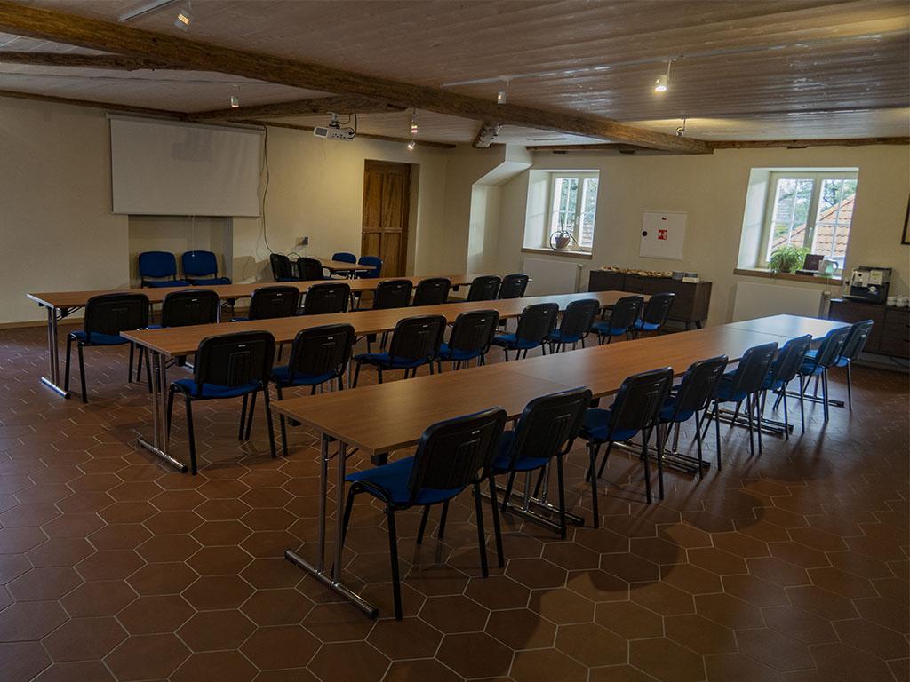 Konferenční_místnost__0009_IMG_4720